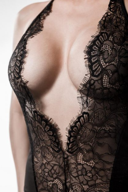 Body mit sehr tiefem Ausschnitt von Grey Velvet