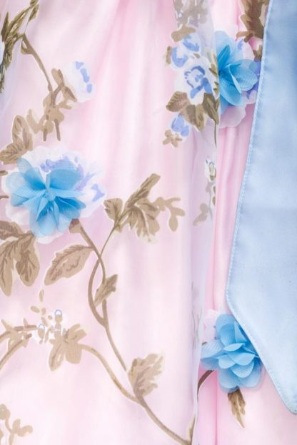 Dirndl mit Blumenschürze rosa blau von Dirndline